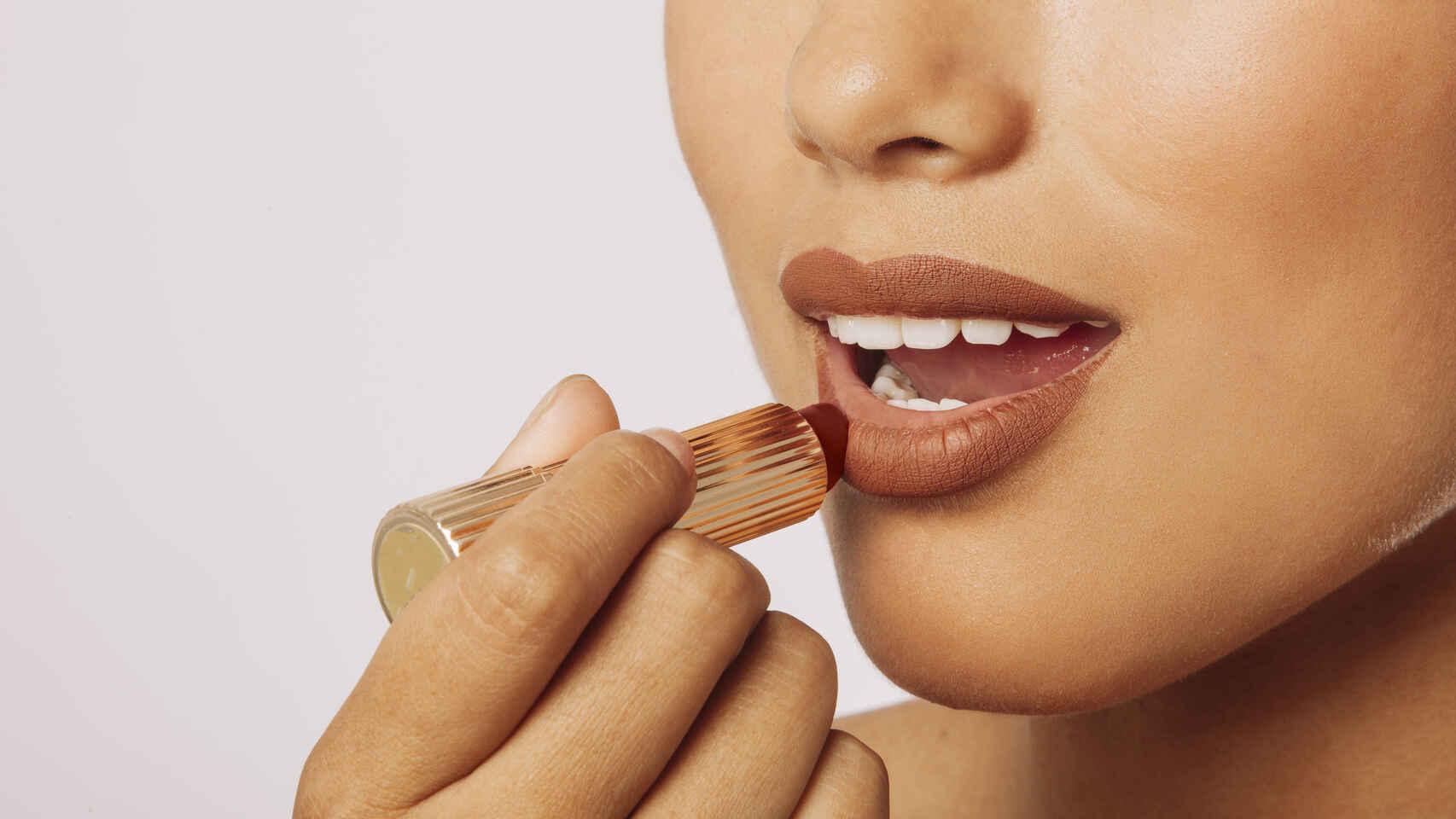 Como maquillarse los labios 2