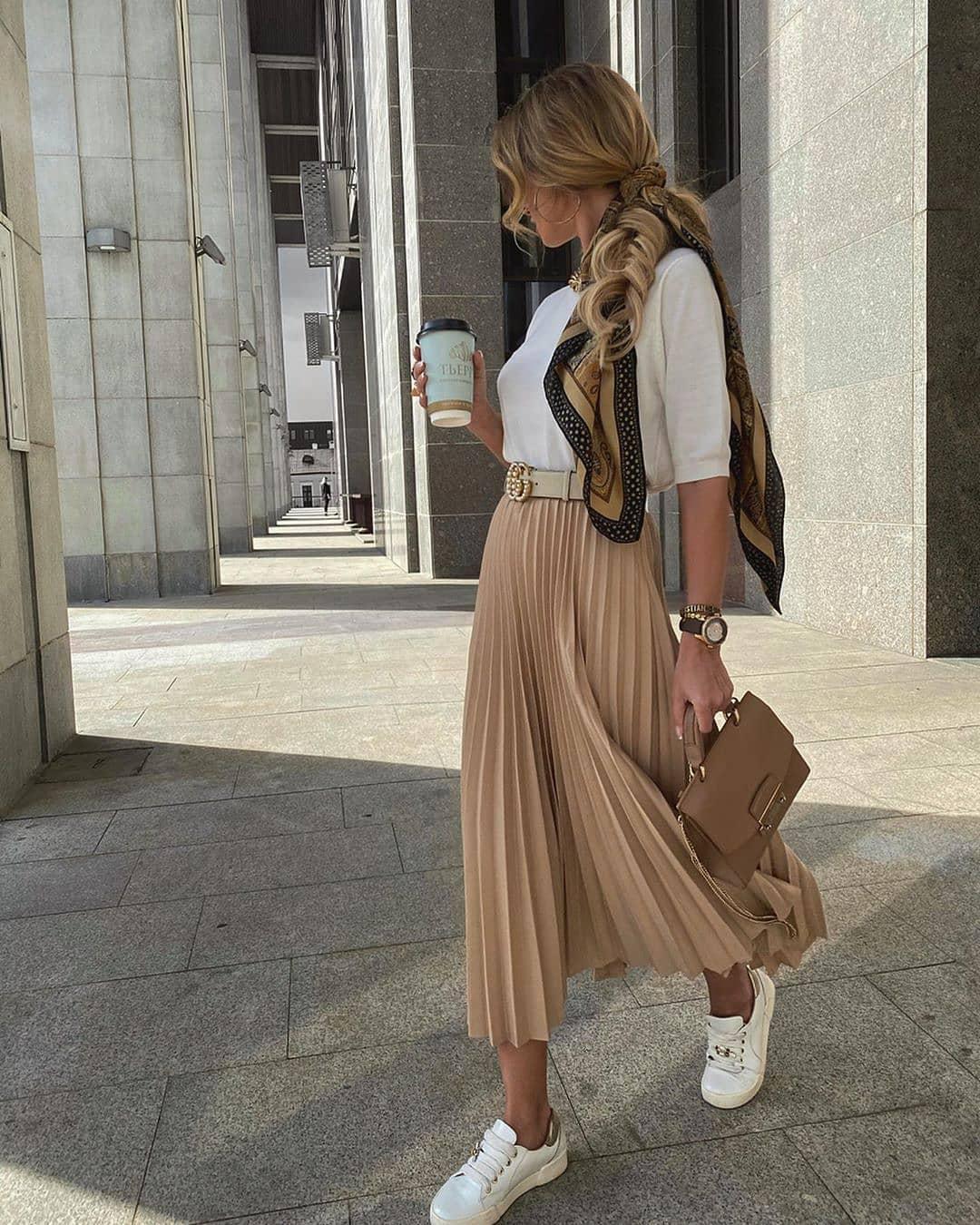 Outfit con falda